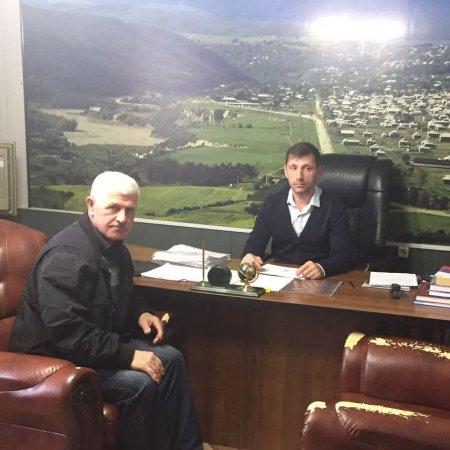 Встреча с директором филиала ГБУ Дагтехкадастра по Казбековскому району с Гаджиевым М.Р.