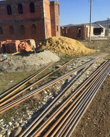 Малик Залимханович сегодня приобрёл лично за свой счёт трубы для проведения газопровода