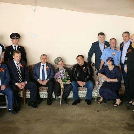 Посещение на дому ветерана ВОВ
